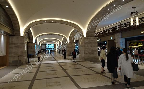 東京ミッドタウン日比谷の地下通路