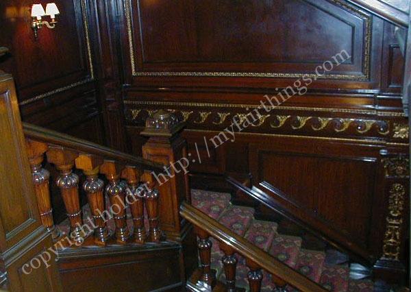 コノートホテルの階段