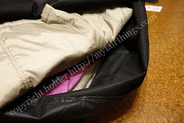 宅配クリーニング「リナビス」の袋には20着入る