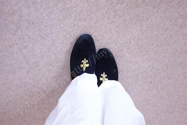 ぱっと見には靴にみえるヒールスリッパ